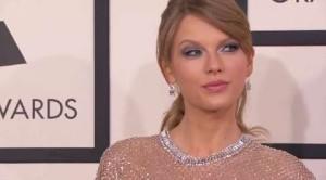 Taylor Swift promuove '1989′ dal vivo… E in cera!