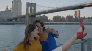 Selfie con i piedi