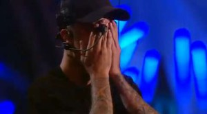 Justin Bieber scoppia in lacrime agli MTV Music Awards 2015
