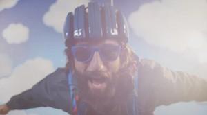 Vittorio Brumotti per Carrera - Backstage 'Il paracadute'