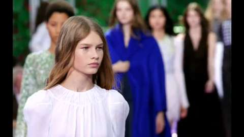 Sofia Mechetner, 14 anni. Qual è l'età giusta per la passerella?