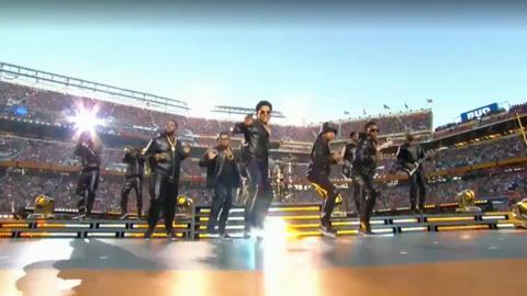 Gli show del Super Bowl 50 con Lady Gaga, Coldplay, Bruno Mars e Beyoncé