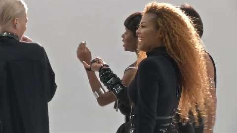 Janet Jackson è incinta, e rilascia il nuovo video per il singolo 'Damn Baby'