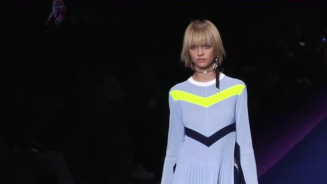 Versace Milano SS 2017