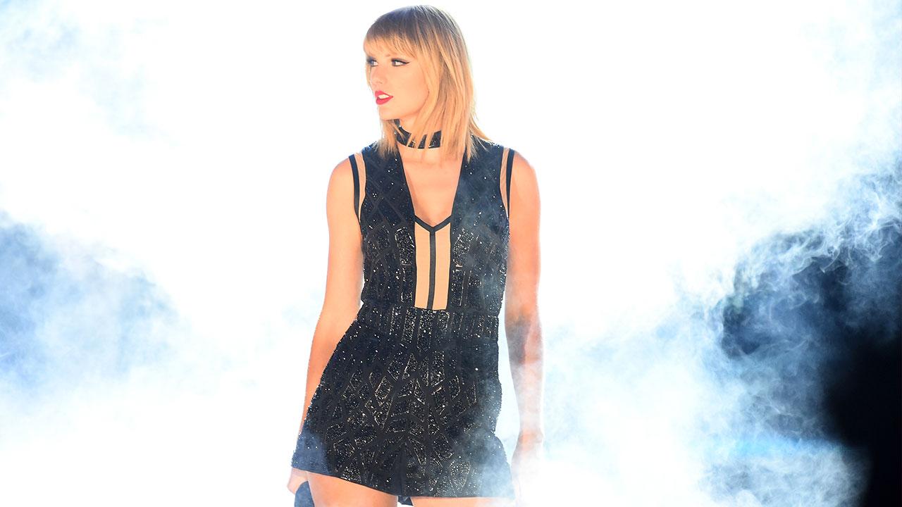 Taylor Swift torna a cantare e si parla di un nuovo album...
