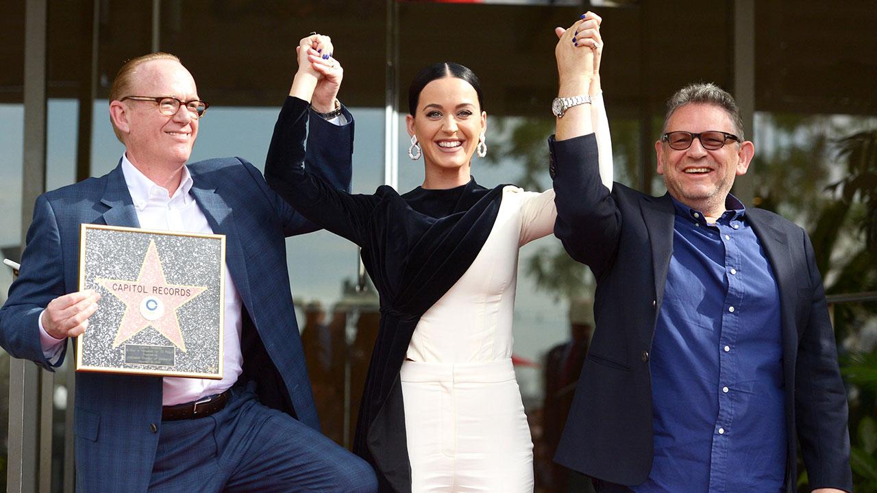 Katy Perry festeggia i 75 anni della Capitol Records