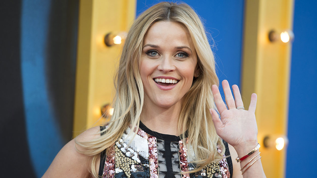 Reese Witherspoon sul red carpet di 'Sing'